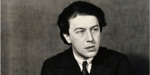 Andre-Breton-Photo-of-the-artist-by-Man-Ray-1932-Image-via-theredlistcom.jpg