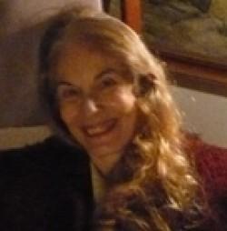 Marie Étienne, Haute lice, jeu des sons, allusions, Lewis Carroll,