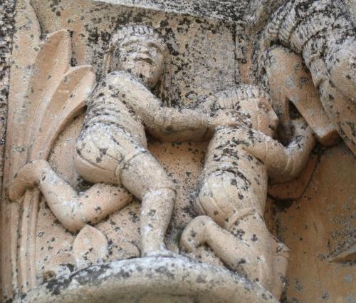 art roman en périgord, modillon, chapiteau